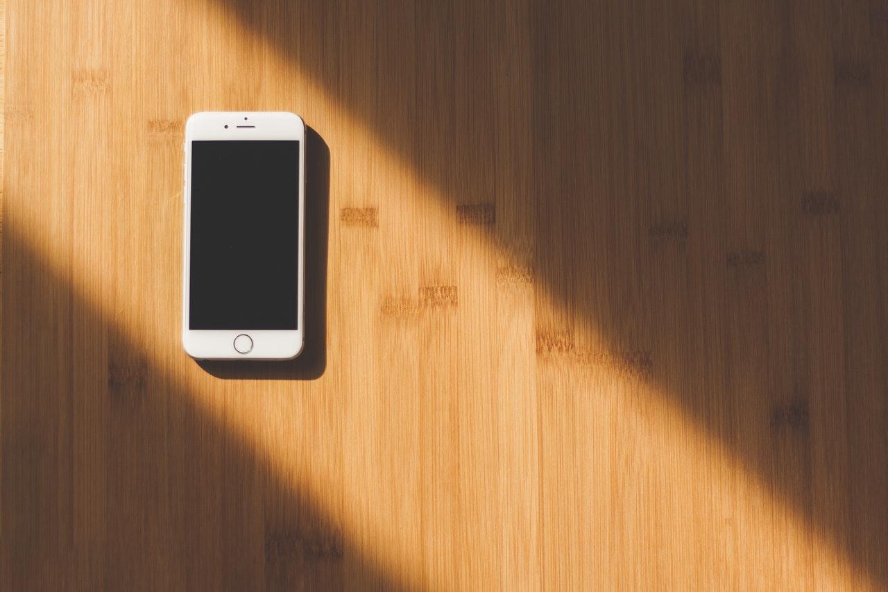 Czy wiesz, jak realizowana jest naprawa iPhone 8?