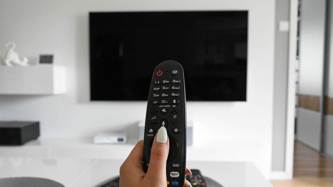 Telewizory Samsung – na co zwrócić uwagę przy zakupie odbiornika