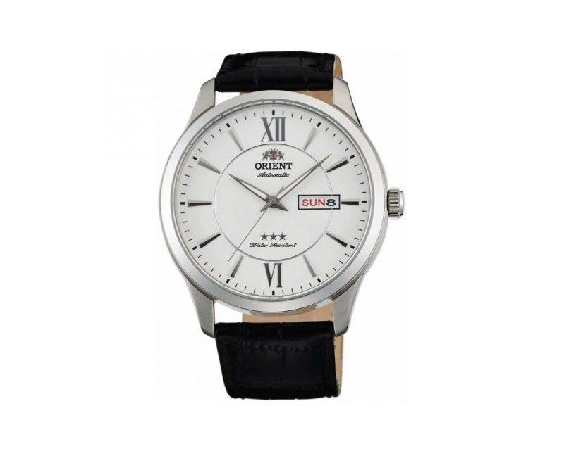 Czym wyróżnia się zegarek Orient FAB0B003W9?