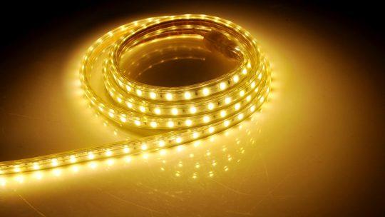 Tuby LED czy oprawy LED