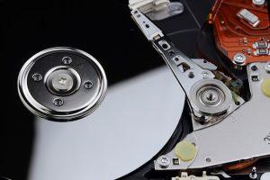 jak zamontować dysk ssd w laptopie