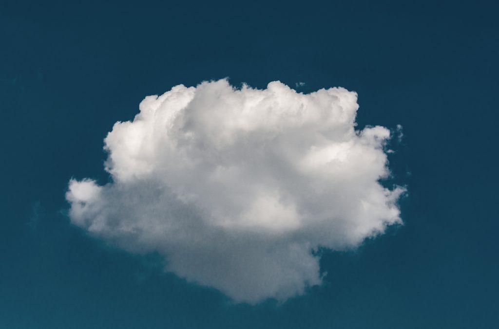 system clouda to sposób na kierowanie studiami z każdego miejsca świata