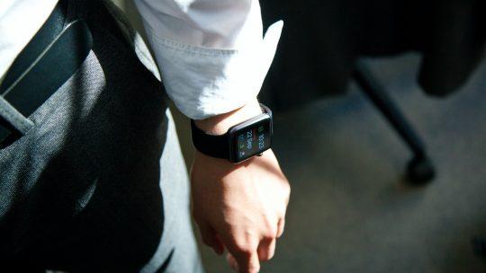 Xiaomi Mi Watch – czym zachwyca urządzenie?