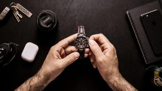 Zegarki męskie Black Friday – w co warto się zaopatrzyć?