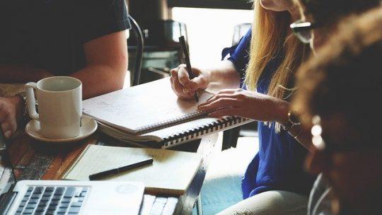 Elektroniczny obieg faktur – kluczowy krok do dobrej organizacji w firmie