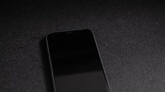 Iphone nie ładuje baterii – co się dzieje