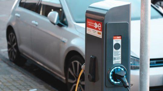 Stacje ładowania elektrycznego w Polsce
